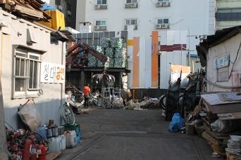 韓国のドヤ街も治安は最悪(写真/村田らむ)