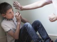 スコットランドで「親が子供を叩くのは全面禁止」の法案が可決される。賛否両論の声