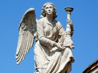 画像は、Massimiliano Calamelli / Angel(from Flickr, CC BY 2.0)