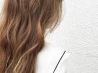 人気カラー【ブルーアッシュ】を極める☆トーン・デザイン別おすすめスタイル3選