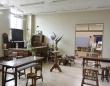 博物館で展示されている「レスキュー」した什器の一部(画像はクラウドファンディングサイト「Readyfor」の「歴史的な木製学校家具を救え!九大什器保全活用プロジェクト」より)