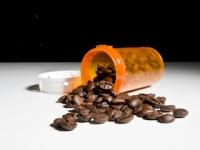 薬に含まれる「カフェイン」で急性中毒症に(depositphotos.com)