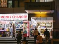 海外旅行では要注意! 日本ではOKでも海外ではNGなマナー違反12選
