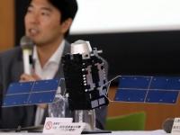 三菱電機が公開した「みちびき4号」(写真:つのだよしお/アフロ)