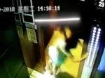 トラウマになるかも…中国の少女がエレベーターで恐怖体験に遭ってしまう。