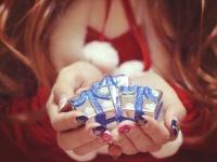 【2016年最新版】大学生に聞いた、恋人にあげると喜ばれるクリスマスプレゼントTop5