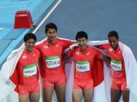 リオ五輪男子400mリレーで銀メダルを獲得した日本代表(写真:青木紘二/アフロスポーツ)