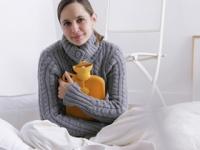 消費者庁は「湯たんぽによる低温やけどに関する注意」を発表(depositphotos.com)