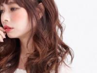 夏っぽヘアをパーマスタイルで実現!!軽やか可愛い【セミロング×パーマ】3選♡