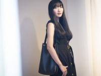 「広告代理店女子」のバッグの中身