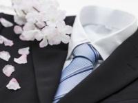大学の卒業式に着るスーツ・ネクタイの色の正解は? フォーマルコーデの選び方まとめ