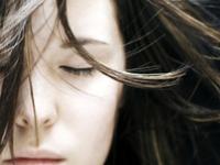 男性も女性も◎お悩みランキングNo.1【徹底解説】抜け毛/薄毛/ハゲの原因&対策まとめ