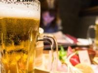 月に何回仕事関係の飲み会に参加する? 独身社会人女性の回答は……