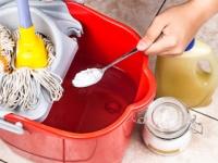 重曹は洗剤としても消臭剤としても研磨材としても有能(depositphotos.com)