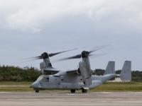 普天間飛行場から飛び立つオスプレイ(写真/アメリカ海軍)