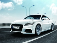 高性能、高効率を両立するスポーツクーペ、アウディ・TTの魅力に迫る!