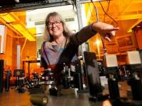 2018年のノーベル物理学賞を受賞した、ドナ・ストリックランド博士(写真:ロイター/アフロ)