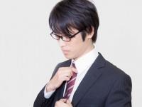 就活中のネクタイの色は何色が無難? 先輩社会人に聞いてみた!