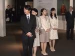 秋篠宮ご夫妻と眞子さま、佳子さまと皇室ゆかりの特別展をご鑑賞
