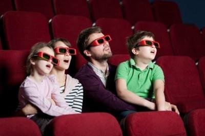 """ジブリの""""あの作品""""もランクイン! 「家族と観て気まずかった」映画10選"""