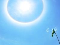 日暈 画像は「Wikipedia」より引用