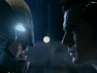 「バットマン vs スーパーマン ジャスティスの誕生」©2015 WARNER BROS. ENTERTAINMENT INC., RATPAC-DUNE ENTERTAINMENT LLC AND RATPAC ENTERTAINMENT, LLC