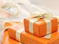 高価なプレゼントは逆効果!異性に「重い」と思われないプレゼントの贈り方