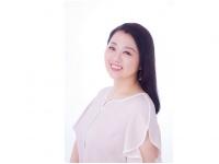 『直感があなたを一番早く幸せにする』(三笠書房刊)著者の羽山璃香さん