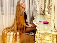 髪は女の命だから・・・28年間伸ばし続けた髪がついに2mを超えたウクライナのラプンツェル