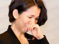 謝罪会見を行う豊田真由子氏(写真:日刊現代/アフロ)