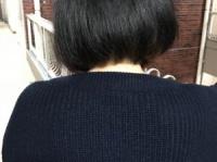 「女子高生に髪を黒く染めろ」と言った学校の教師は教師の資格なし