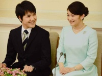 画像は、『サンデー毎日増刊 おめでとう眞子さま 小室圭さんとご結婚へ』(毎日新聞出版)