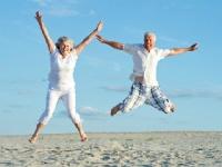 誰もが願う幸福で長生きshutterstock.com