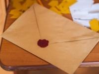 大人の女のラブレターの書き方って? 専門家が例文を解説