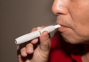 日本呼吸器学会が「新型タバコ」に警告(depositphotos.com)