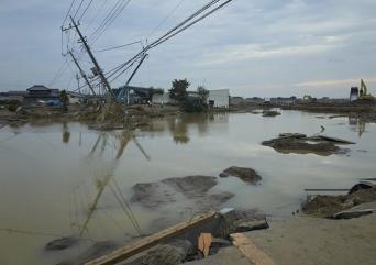 鬼怒川で発生した2015年9月の水害(写真:アフロ)