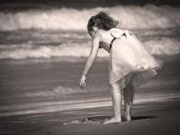 """取り戻せない""""女の子""""の時代。Photo by Petra Bensted from Flickr"""