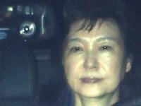 逮捕され、ソウル拘置所に護送される朴槿恵容疑者(写真:YONHAP NEWS/アフロ)