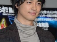 「齊藤工」名義で長編映画初監督を務めた俳優の斎藤工