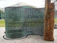 CIA本部に設置されている彫刻に打ち抜かれた謎の暗号文「クリプトス」 最後の暗号文はいつ解けるのか?