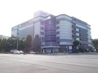 「イオンつくば駅前店」が入居するつくばクレオスクエア(Miyuki Meinakaさん撮影、Wikimedia Commons