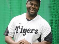 ロジャース(阪神)ら「緊急補強の助っ人」4選手の今季成績は?