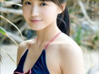 ※イメージ画像:鞘師里保 写真集『十六歳』ワニブックス